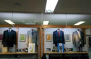 オーダースーツのエフワン・博多店
